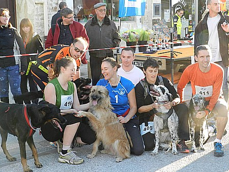 01 CanintrailMireval2013p